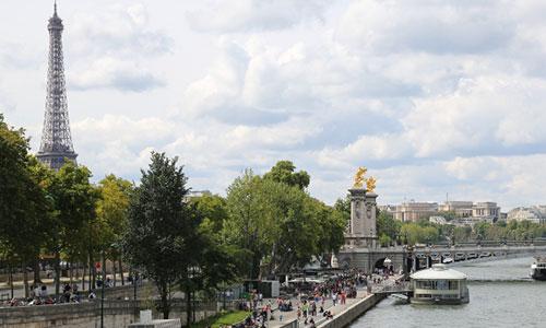Seine-Tour-Eiffel-